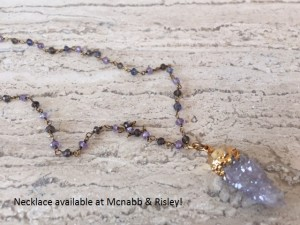 agate necklace with copy