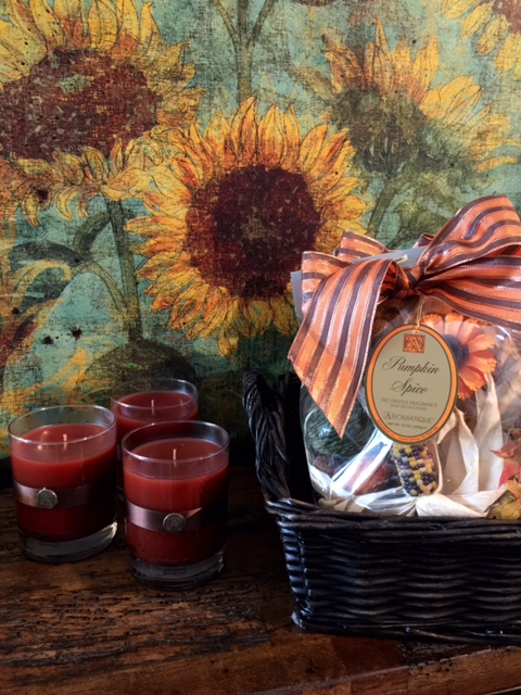 Today I'm featuring Fall's most coveted candle collection! - McNabb & Risley